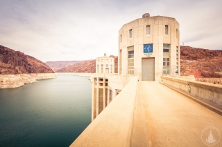 """Arizona Time"" am Hoover Dam"